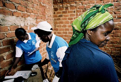 Mobile Testing IAVI Africa 500px